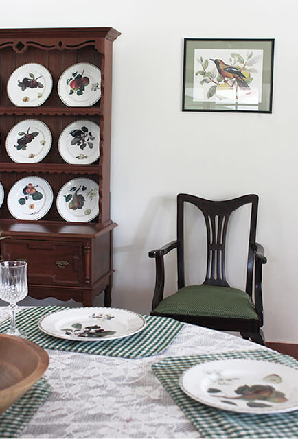 colonial-dining-room