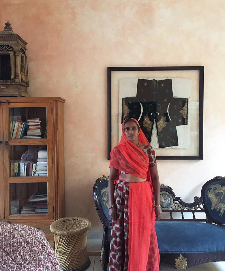 mottled wall, distressed wall, limewash, lime paint, india, delhi, rajasthan, vernacular design, natural decor, beautiful interiors