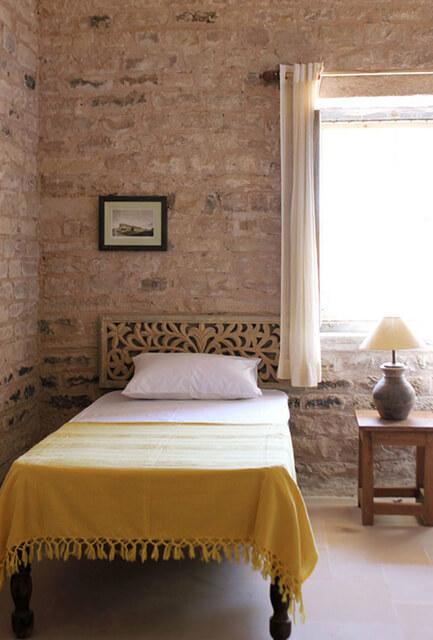 rustic-bedroom-stone-handloom-bedspread-cotton