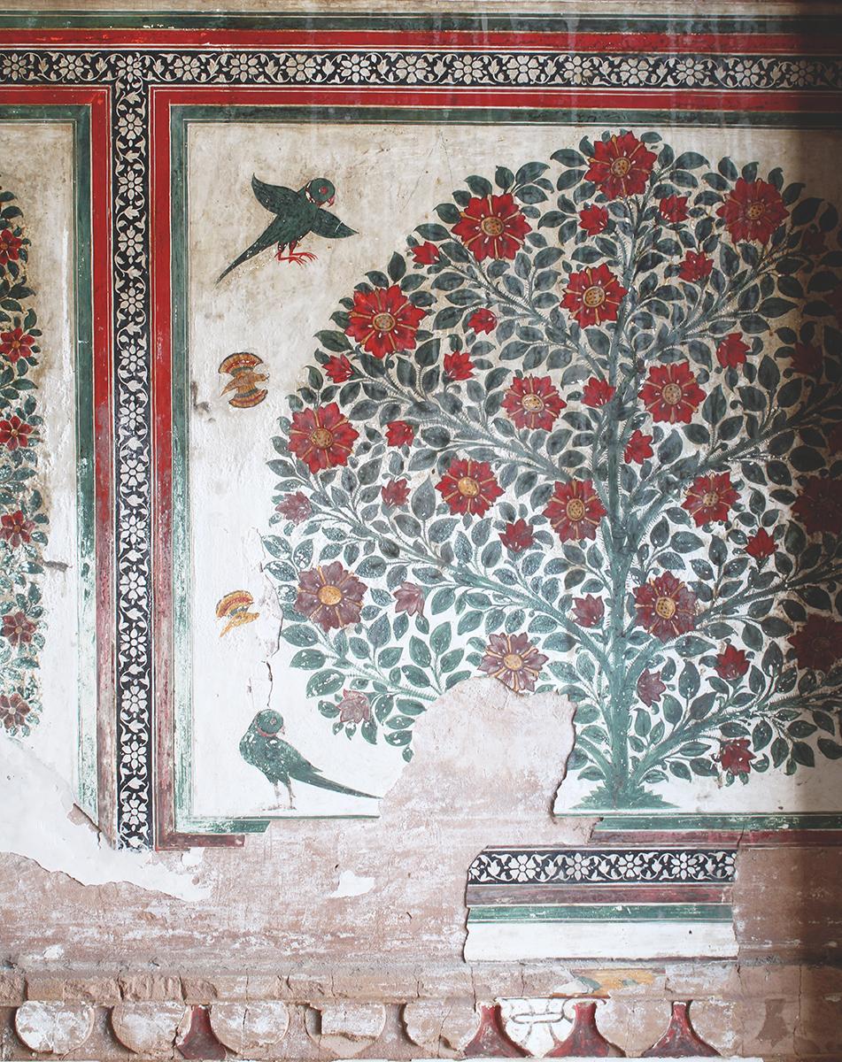 inspiration, interior design, india, vernacular, architecture, natural design, rajasthan design, sona chandi haveli, frescoes, shivani dogra, delhi design